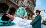 カナダの教授は、中国臓器収奪問題について寄稿文を書き、現在最終審議中の海外渡航移植の違法化法案の可決を後押しした。写真は2018年6月、オーストリアのウィーンで行われた「臓器狩り」のデモンストレーション(GettyImages)