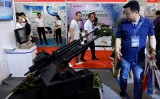 2019年6月、北京で開かれた中国の軍事情報技術展示会(WANG ZHAO/AFP/Getty Images)