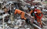 6月22日、カンボジアのシアヌークビル市でビル倒壊事故が発生し、28人死亡、24人負傷した(SUN RETHY KUN/AFP/Getty Images)