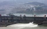 中国湖北省宜昌市三斗坪に位置する三峡ダム(Getty Images)