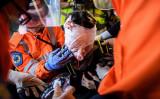 九龍半島尖沙咀で被弾した若い女性(ANTHONY WALLACE/AFP/Getty Images)