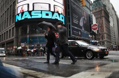 ロイター通信によると、米ナスダック市場は中国の中小企業による新規株式公開(IPO)を規制する方針を決めた(Spencer Platt/Getty Images)