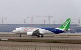 中国商用飛機有限責任公司が開発しているジェット機「COMAC C919」(AFP/Getty Images)