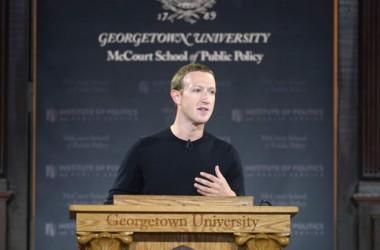 10月17日、フェイスブック創業者兼CEOマーク・ザッカーバーグ氏はジョージタウン大学で「言論の自由」をテーマに演説した (Riccardo Savi/Getty Images for Facebook)