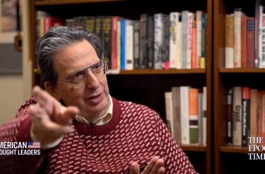 米ペンシルベニア州立大学教授で知中家のアーサー・ウォルドロン氏は大紀元英字版のインタビューに応じた(TheEpochTimes)