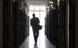 台北市検察庁は8月13日、台湾の国家安全保障法に違反したとして、3人の立法(国会)議員秘書を起訴した(JOHN MACDOUGALL/AFP/Getty Images)