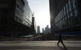 中国内モンゴル自治区フフホト市政府の資金調達事業体は今月6日、発行した約156億円規模の債券がデフォルトに陥ったと発表した(GREG BAKER/AFP/Getty Images)