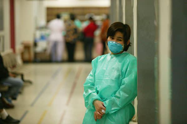 中国武漢市当局は5日、原因不明のウイルス性肺炎の患者が59人確認されたと発表(Photo by Christian Keenan/Getty Images)