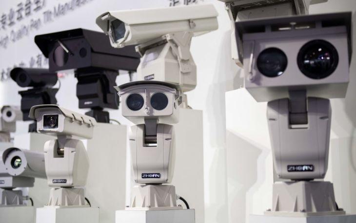 オーストラリア地方政府は、中国監視カメラ大手ハイクビジョンのカメラを撤去する。豪紙が報じた。写真は2018年10月、北京で開かれた公衆セキュリティに関する展示会で展示されたカメラ(GettyImages)