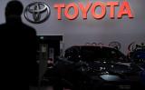 2020ブリュッセルモーターショーに出展するトヨタ自動車(KENZO TRIBOUILLARD/AFP via Getty Images)