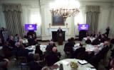 全米知事協会のホワイトハウス・ビジネスセッションが2月10日、大統領府で開かれた(GettyImages)