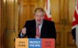 2020年3月25日、イギリス・ロンドンで記者会見に臨むボリス・ジョンソン首相(Andrew Parsons/Pool via Reuters)