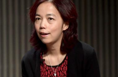 顔認証システム開発の中国AI学者・李飛飛氏が、ツイッターの独立取締役に就任した。写真は2018年10月、カリフォルニア州で開かれた米技術系誌「Wired」主催の講演会に参加した李氏(GettyImages)