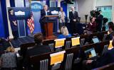 2020年4月7日、ホワイトハウスで記者会見に出席したトランプ米大統領(MANDEL NGAN/AFP via Getty Images)