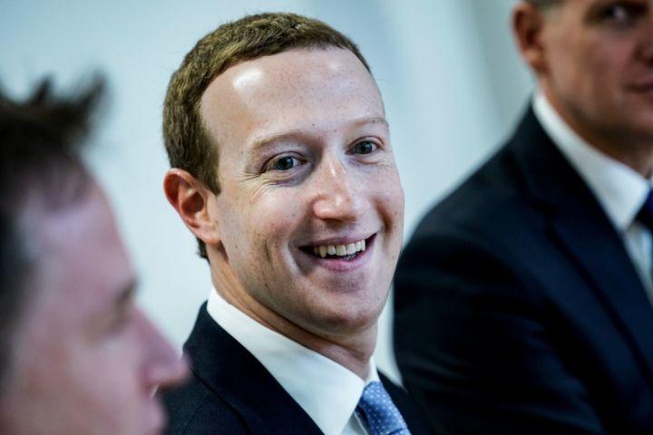 フェイスブックのザッカーバーグCEOはこのほど、EU高官とビデオ会談し、中国モデルの危険性について警鐘を鳴らした(GettyImages)