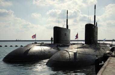 シリア地中海のタルトス港にあるロシア海軍基地の潜水艦エリアの写真。2019年9月26日撮影(MAXIME POPOV/AFP via Getty Images)