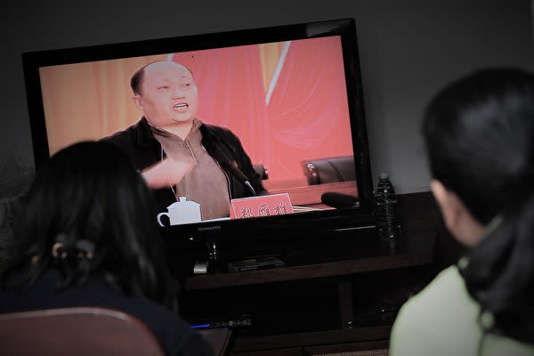 中国当局は7月3日、駐香港国家安全維持公署の署長に、広東省「民主の村」と呼ばれる烏坎村の抗議活動を鎮圧した汕尾市元トップの鄭雁雄氏を任命した(MARK RALSTON / AFP)