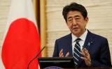 5月、記者会見に臨む安倍晋三首相(GettyImages)