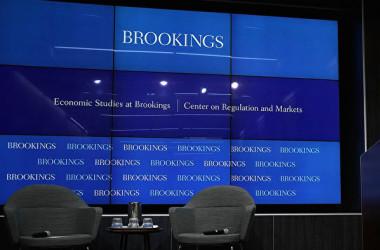写真は米シンクタンク「ブルッキングス研究所」の公開セミナーの様子(Alex Wong/Getty Images)