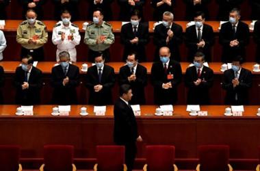 『キプロス文書』は、中国の両会メンバーを含む、密かに海外移住した人員のリストを公開した。 写真は2020年5月に開催された「両会」(NOEL CELIS/AFP via Getty Images)