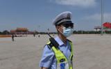 北京の天安門広場の警備に当たる中国警察(GettyImages)