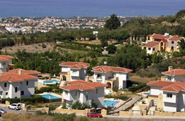 キプロス・キレニアの別荘地(AFP PHOTO/PATRICK BAZ)