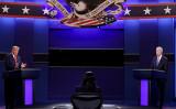 10月22日、米大統領選挙の最後のテレビ討論会が行われた(Justin Sullivan/Getty Images)