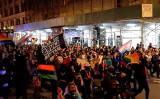 2020年11月5日、抗議デモを行うBLM運動のメンバー(宋昇樺/大紀元)