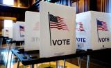 ウィスコンシン州デーン郡マディソンの投票所=2020年11月3日(Bing Guan/Reuters)