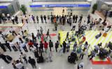 上海浦東国際空港(Photo credit should read LIU JIN/AFP/Getty Images)