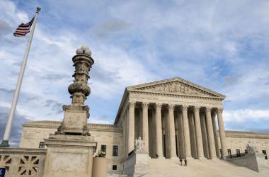 2020年3月10日、ワシントンにある連邦最高裁判所(Samira Bouaou/The Epoch Times)