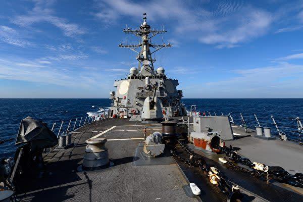 2020年6月4日、台湾海峡を通過した米海軍のアーレイ・バーク級ミサイル駆逐艦の「ラッセル(USS Russell)」(U.S. Navy photo by Mass Communication Specialist 3rd Class Sean Lynch/Released)