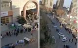 中国河北省石家荘市では1月6~8日まで全市民に1回目のPCR検査を実施した。SNS上に投稿された映像には、寒い中、検査のために市民が長い列をつくった様子があった(スクリーンショット)