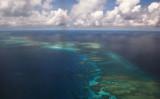 南シナ海のミスチーフ礁。2017年撮影(TED ALJIBE/AFP via Getty Images)