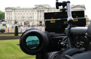 英紙「テレグラフ」によると、英政府は昨年、報道関係者を装った中国人スパイ3人を国外追放した(Leon Neal/Getty Images)