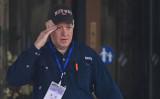 2021年2月10日、中国武漢市のホテルから出たWHO調査団メンバーのピーター・ダザック氏 ( HECTOR RETAMAL/AFP via Getty Images)