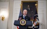2021年3月2日、ホワイトハウスのステート・ダイニングルームで演説するバイデン大統領(Doug Mills-Pool/Getty Images)