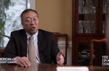 ポンペオ前国務長官の中国政策首席顧問を務めた余茂春(マイルズ・ユー)氏は、エポックタイムズの番組「米国の思想リーダー」の独占インタビューを受けた(エポックタイムズのビデオのスクリーンショット)