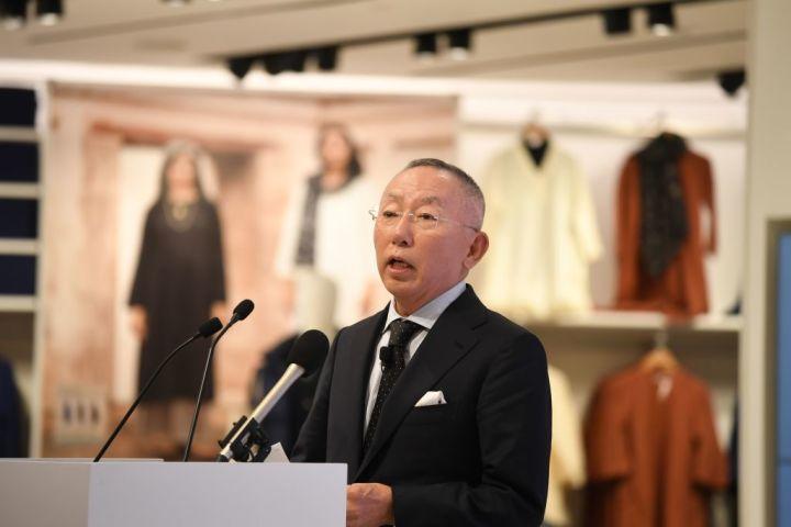 柳井氏は決断を迫られている。2019年10月、ニューデリーにて撮影(Photo by SAJJAD HUSSAIN/AFP via Getty Images)