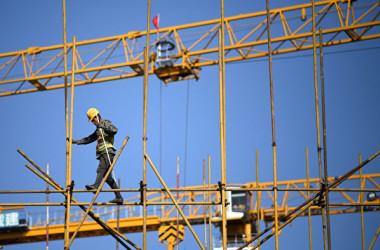 2021年4月14日、中国北京市の建築現場(Nel Celis/AFP)