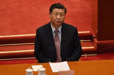 2021年3月4日、北京で開催された中国人民政治協商会議(CPPCC)の開会式に出席した習近平国家主席(Leo Ramirez/AFP via Getty Images)