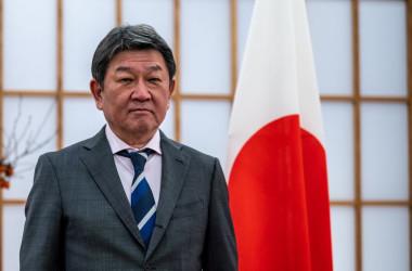 茂木敏充外務大臣は記者会見で、袁克勤元教授の拘束について「関心を持って注視する」と述べた(Photo by PHILIP FONG/AFP via Getty Images)