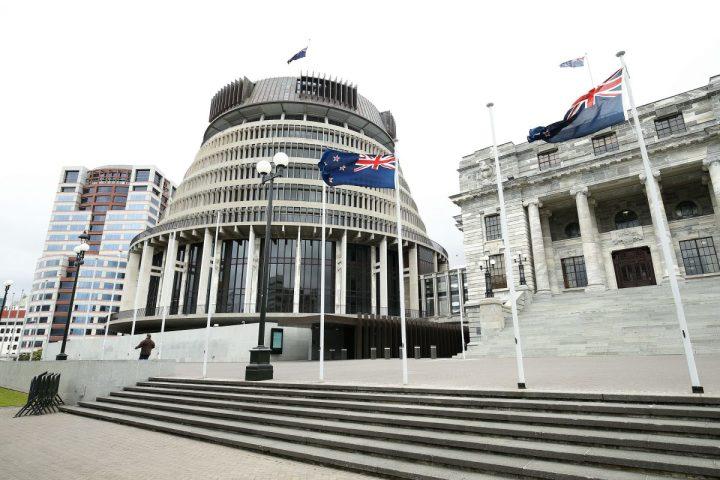 ニュージーランドのウェリントンにある国会議事堂(Hagen Hopkins/Getty Images)