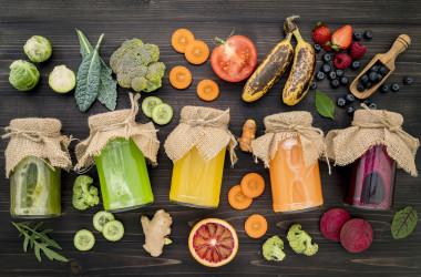 ビタミンB群は「燃焼系ビタミン」とも呼ばれ、脂肪や糖類を燃焼させて、あなたのダイエットに役立ちます。(イメージ写真 kerdkanno / PIXTA)