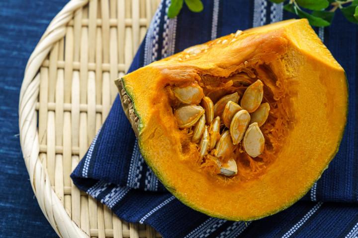 カボチャは胃に優しく、視力を回復させるとともに、ダイエットにも有効な食材です。(Shutterstock)