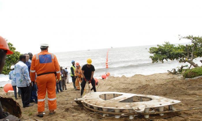 ファーウェイマリンが、カメルーンとブラジルを結ぶ6000キロあまりの海底ケーブルを敷設している。参考写真 (Amindeh Blaise Atabong, Special to The Epoch Times)