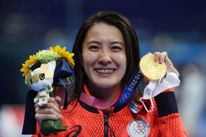 競泳女子400M個人メドレーで金メダルを獲得した大橋悠依 (Photo by Al Bello/Getty Images)