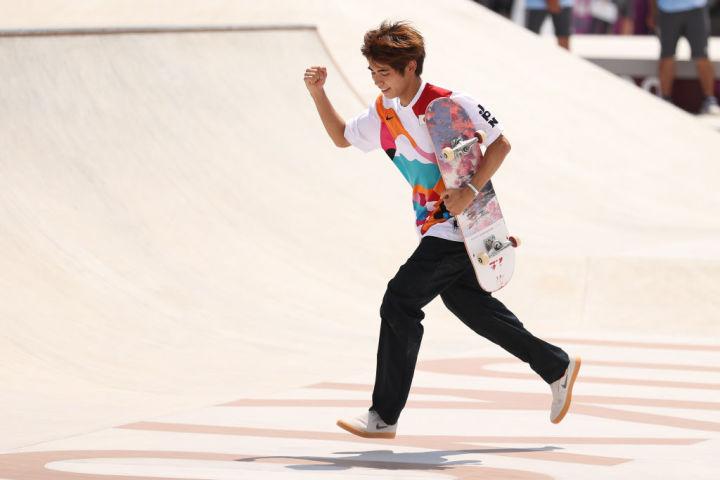 五輪初種目スケートボードで堀米雄斗が金メダルを獲得し、初代王者に輝いた(Photo by Ezra Shaw/Getty Images)