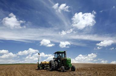 アメリカ・アイオワ州の農場(Mark Hirsch/Getty Images)