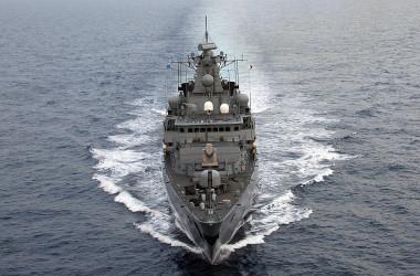 ドイツ海軍のフリゲート艦「バイエルン」(Photo credit should read MICHAEL KAPPELER/AFP via Getty Images)